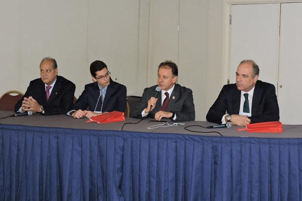 Da esquera para direita Luciano Chaves, Mateus Leme De Marchi, Níveo Steffan e Denis Calazans