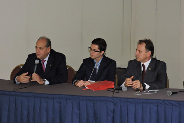 Luciano Chaves, Mateus Leme De Marchi e Níveo Steffen