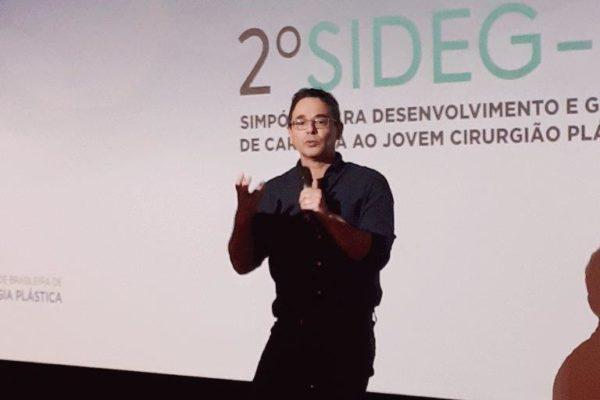 Dr. Jairo_Bouer